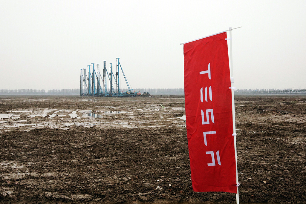 Tesla's first overseas plant in Shanghai heralds China's further opening up: FM spokesperson