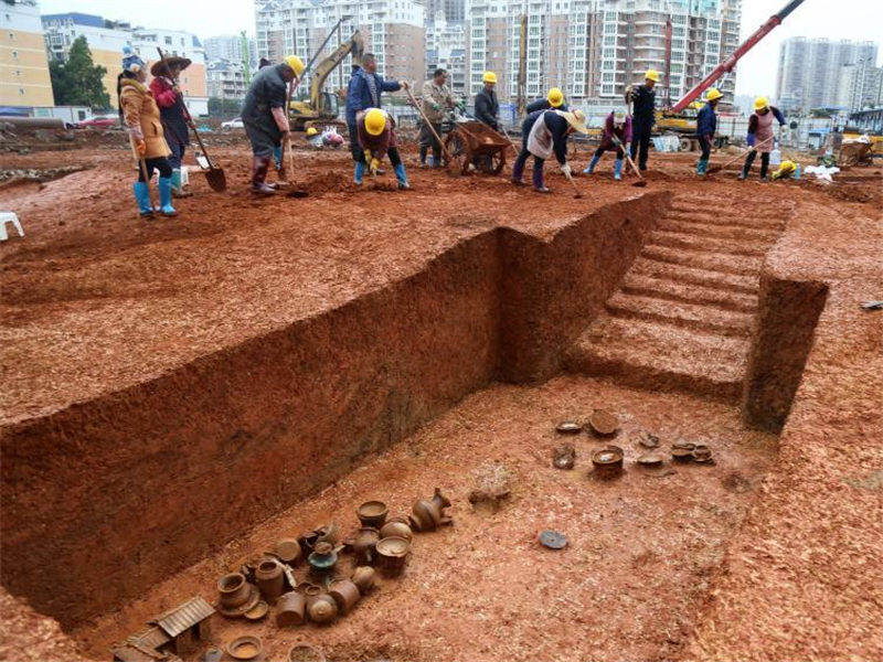 Over 100 ancient tombs discovered in Guangxi