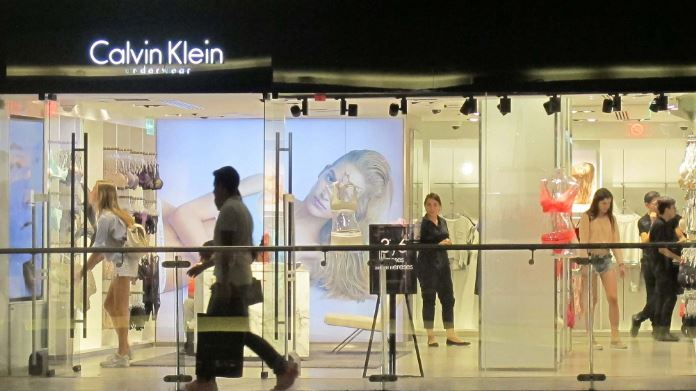 Calvin Klein to close its flagship store in New York