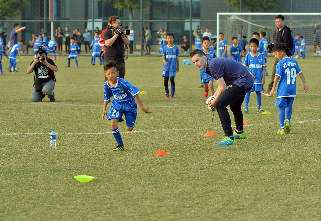 China's sports industry totals 2.2 tln yuan in 2017