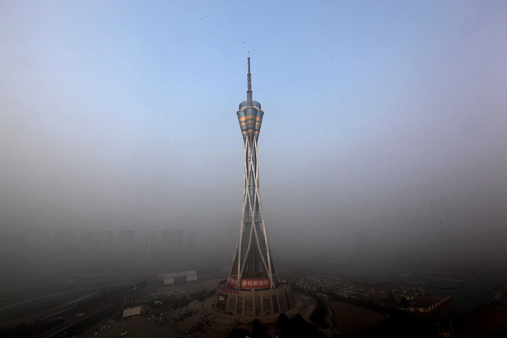 Fog makes trouble, but clearing on way