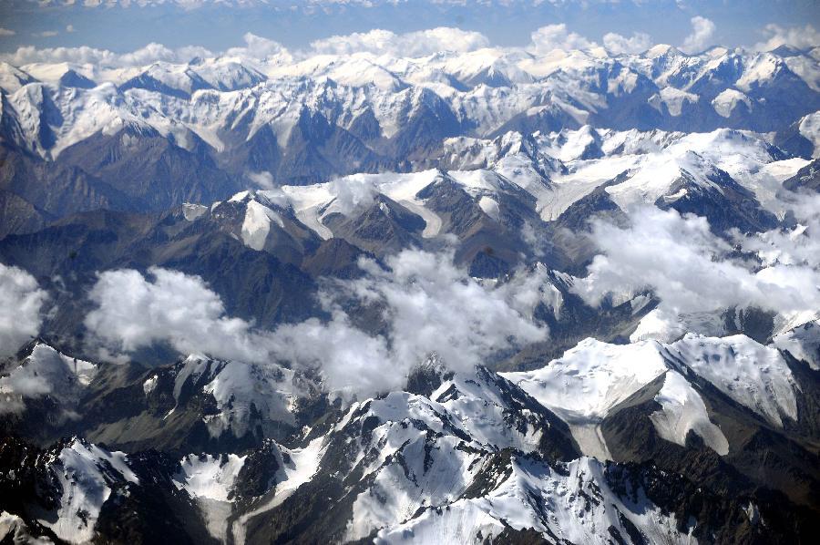 Snow depth in Tianshan Mountains declining: study
