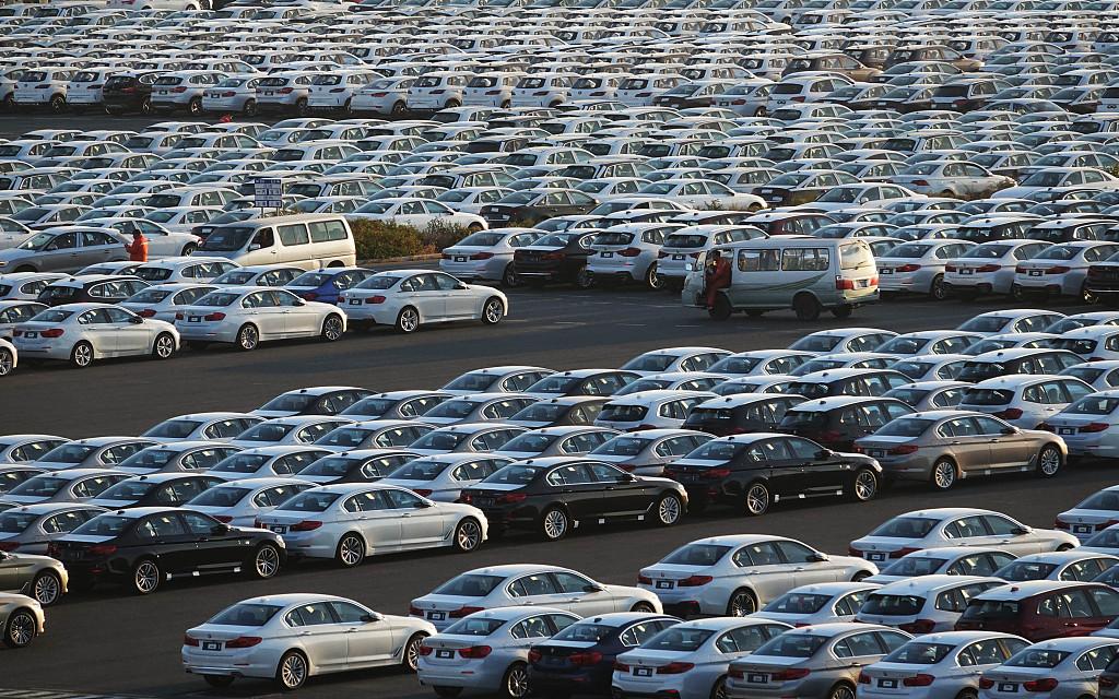 China's auto sales drop last year