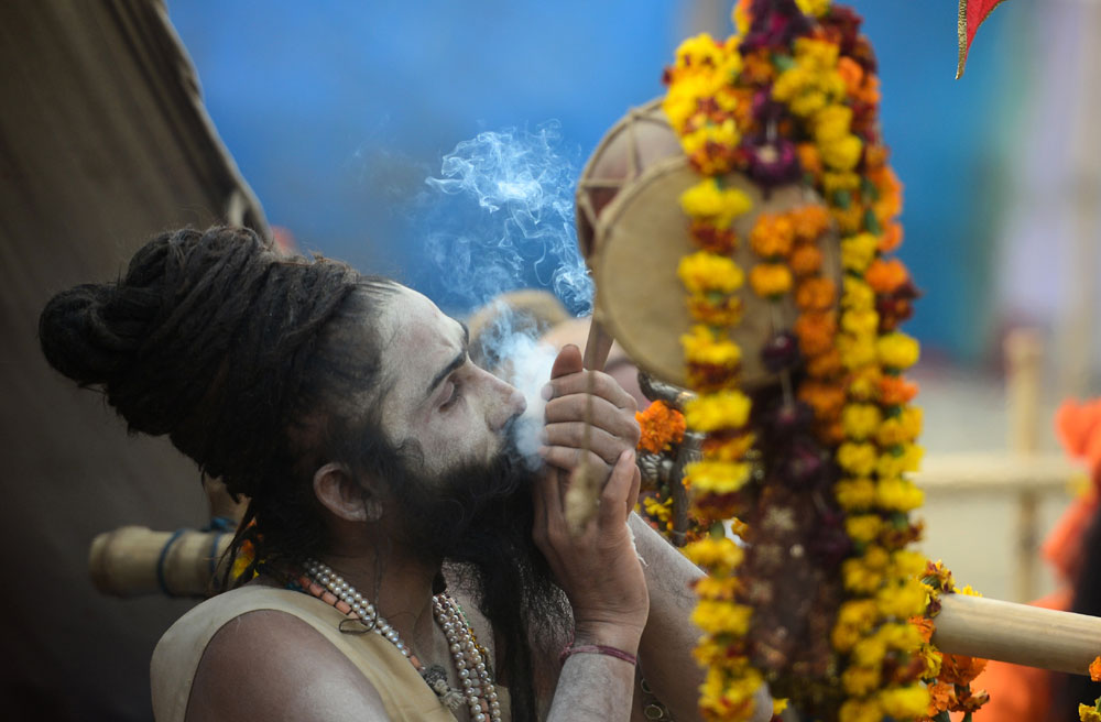 Millions in India gather for world's largest religious event