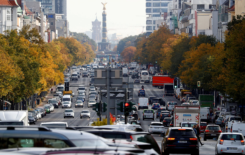 Germany at risk of recession but economists keep faith
