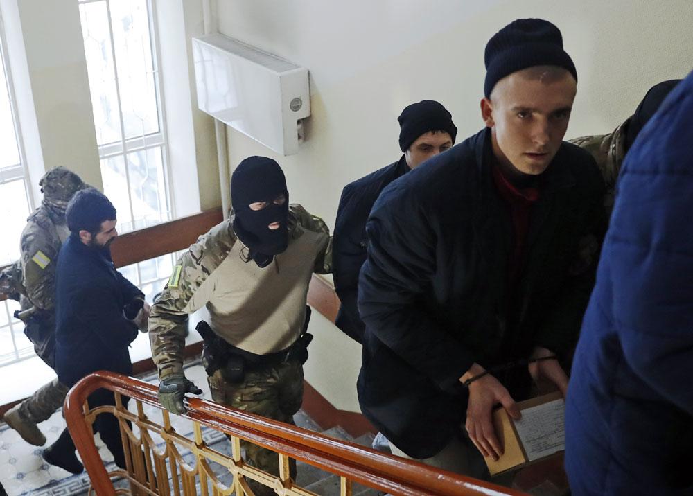 Russian court extends detention of Ukrainian sailors