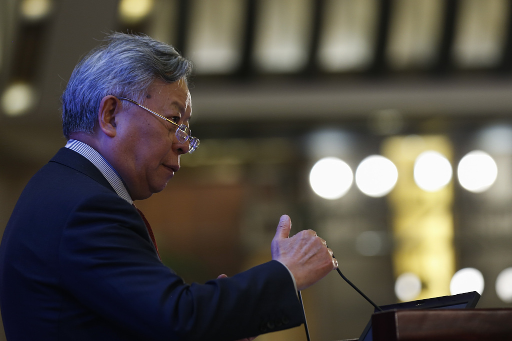 China does not interfere with routines of AIIB managing departments