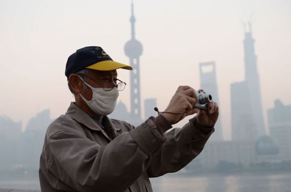 Taxi-driven air monitoring devices debut in Shanghai and Jinan
