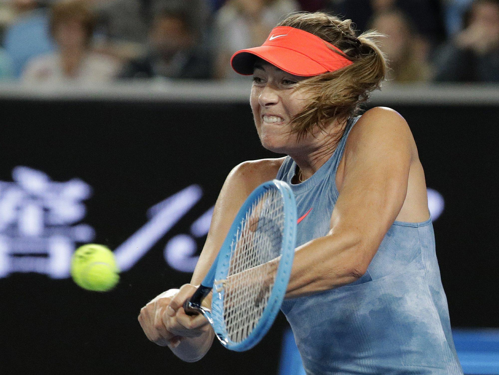 Sharapova, Wozniacki to meet in 3rd round at Australia Open