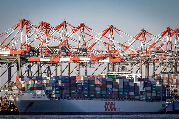US prices of imports, exports decrease in December
