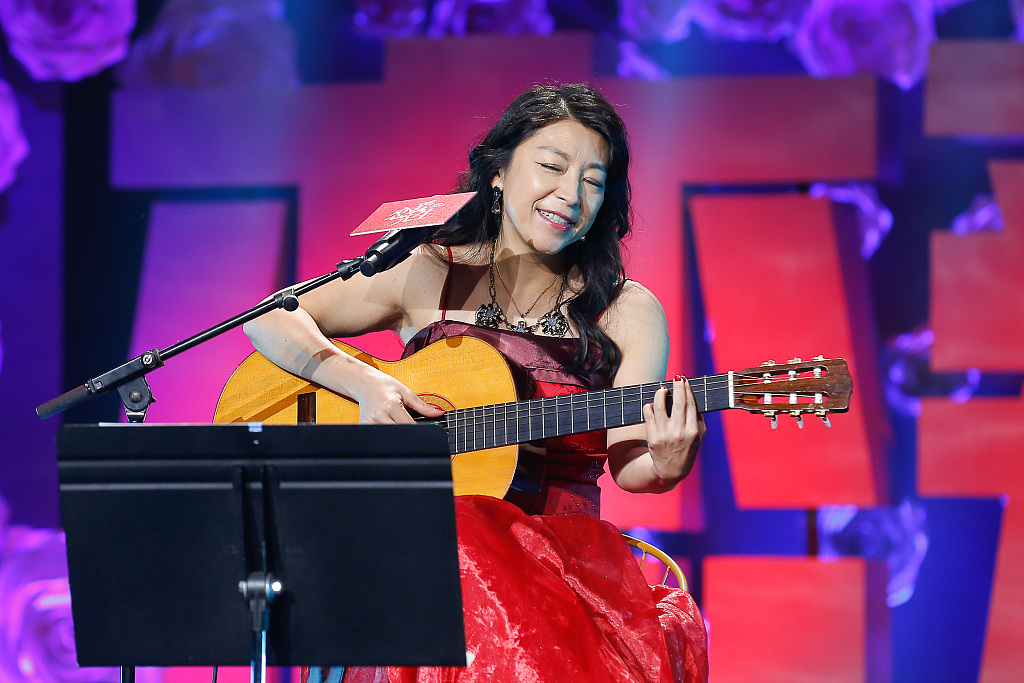 Passion, bass, love, and Lisa Ono