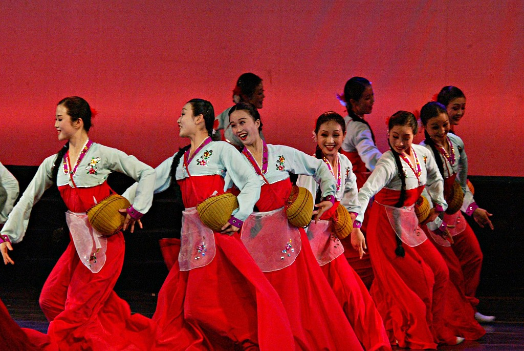 DPRK art troupe to visit China