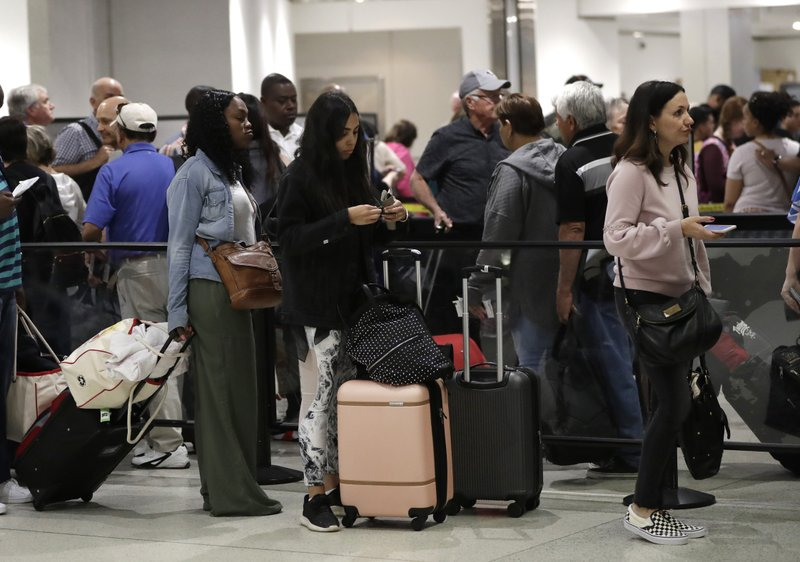 Americans take stock of shutdown's everyday effects