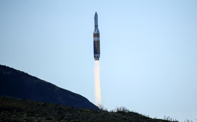 US spy satellite launched into orbit from California