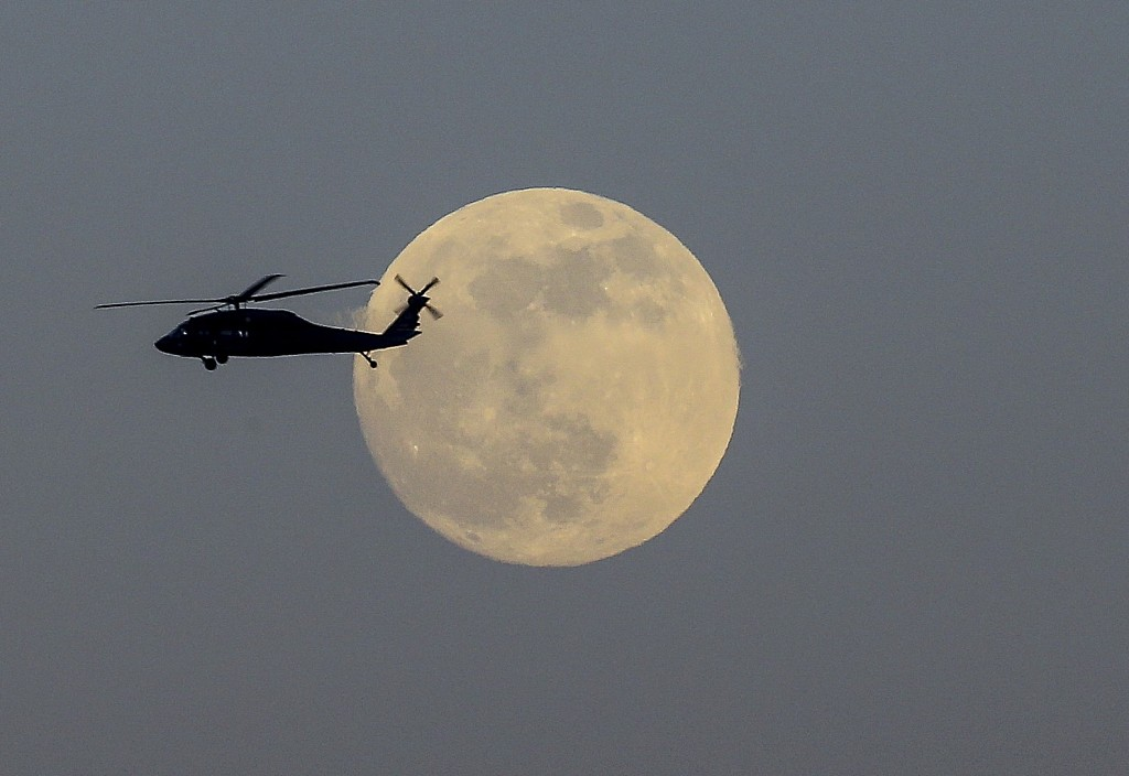 Super moon appears in Europe, followed by a lunar eclipse