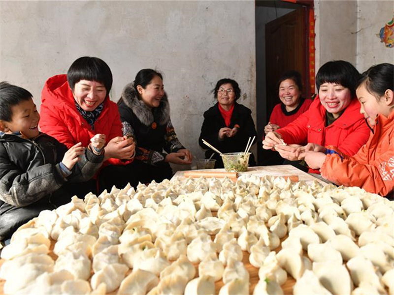 Volunteers provide support for orphaned and impoverished children in Shandong