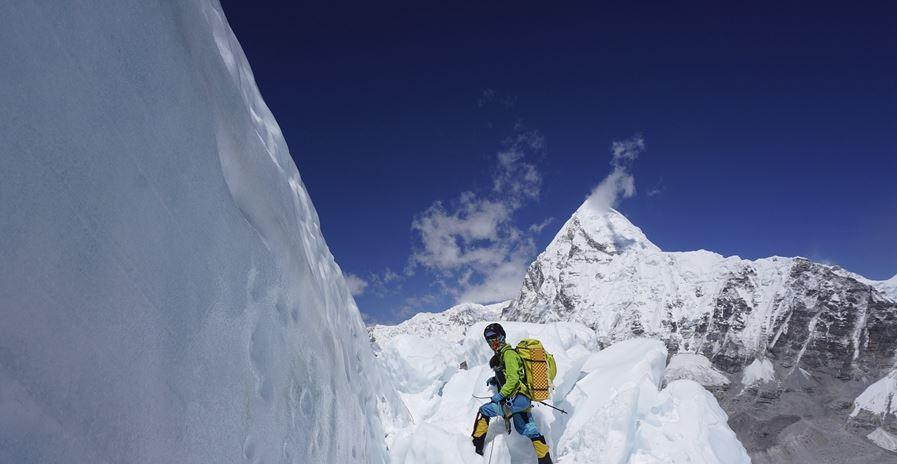 mountain climb2.JPG