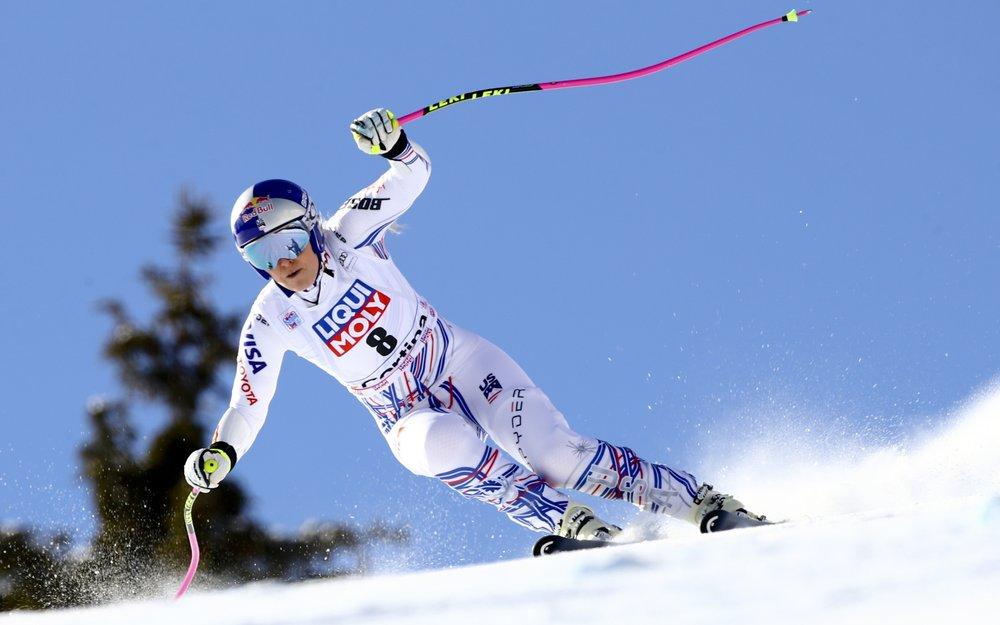 Vonn 'hopeful' she can ski again despite ailing knees