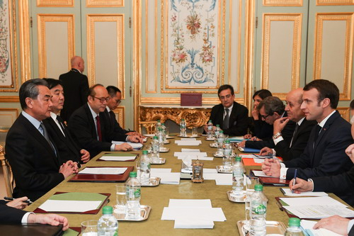 China, France pledge to closer ties, upholding multilateralism