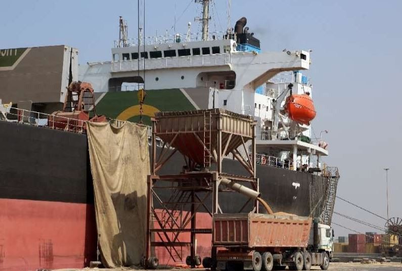 UN says fire damages two food silos near Yemen's Hodeida
