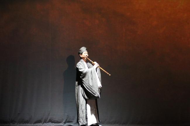 Chinese drama on display in Washington