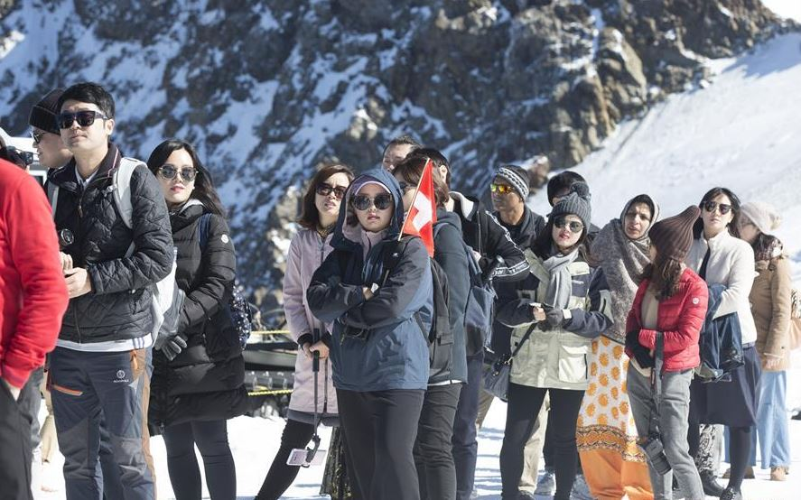 Tourism authority calls on Chinese travelers to behave properly during Spring Festival
