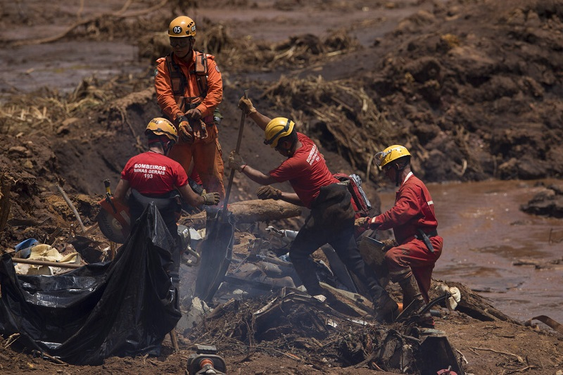 Brazil issues 5 arrest warrants in deadly mine dam collapse