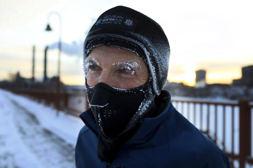 US Midwest braces for dangerous arctic chill