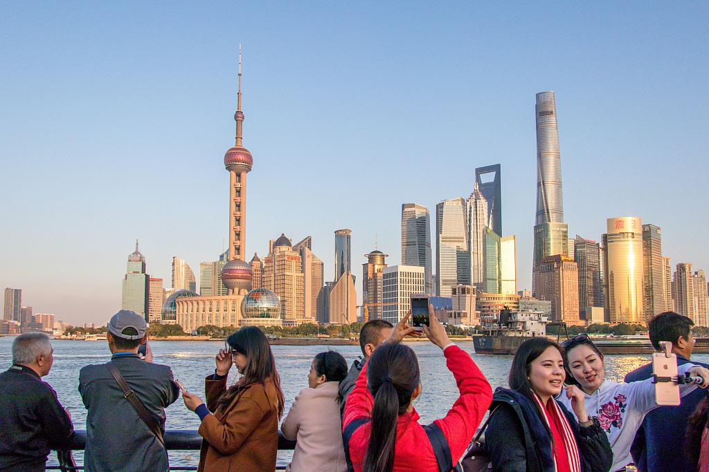 Shanghai sees more blue skies in 2018