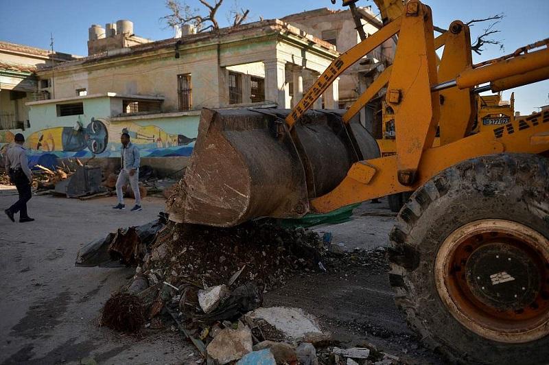 Havana struggles to recover from deadly tornado