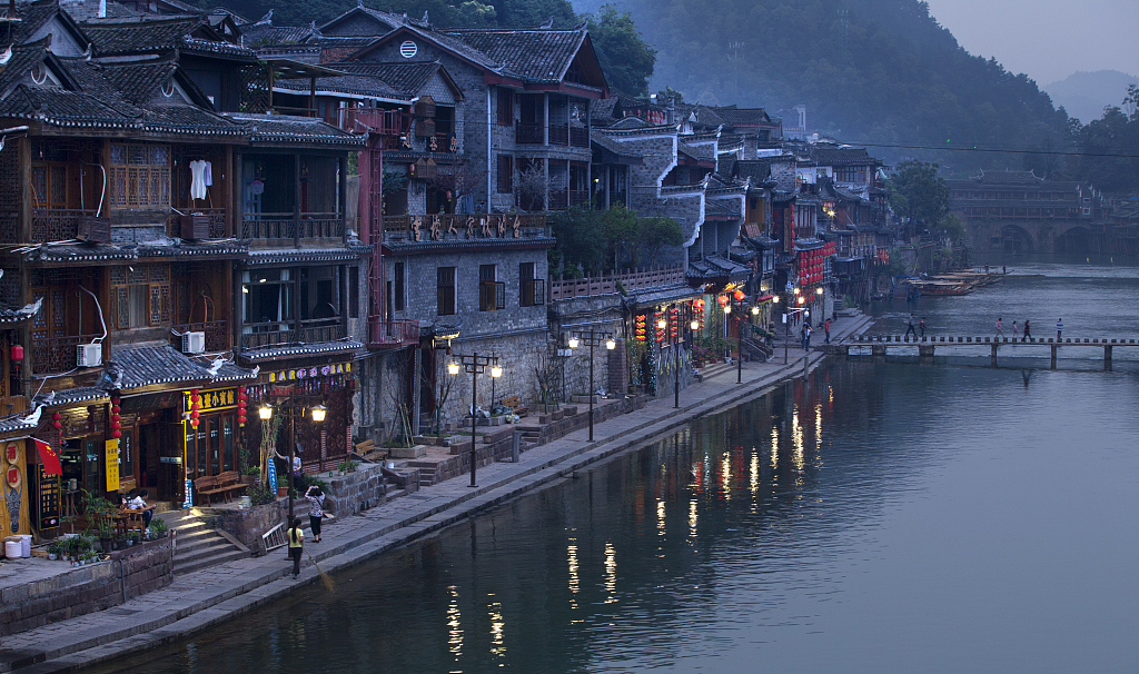 Domestic tourism maintains rapid growth in China