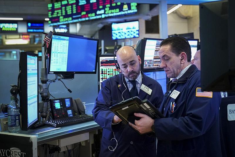 US stocks open mixed amid earnings, data