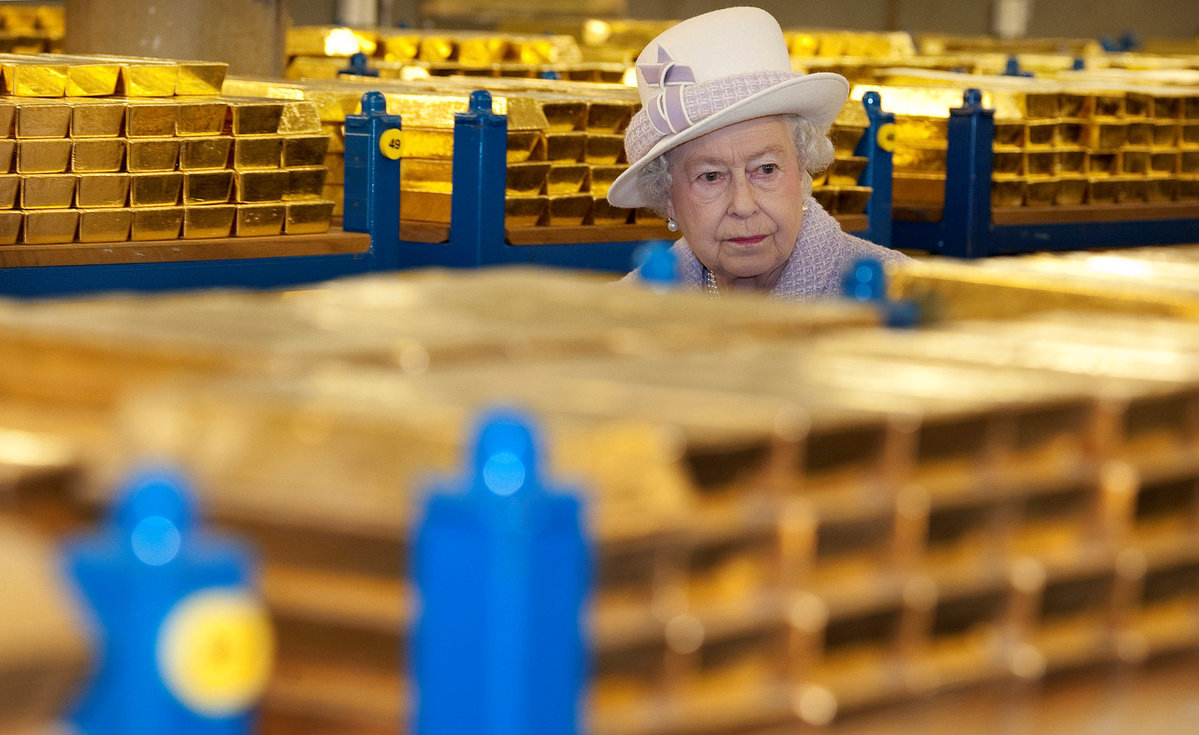 Queen Elizabeth to be evacuated in case of Brexit unrest
