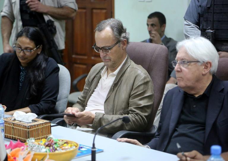 Yemen govt, rebels meet aboard UN ship