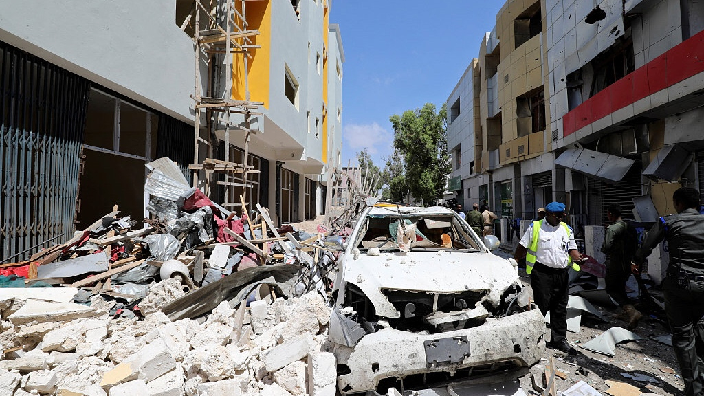 At least five die in car bombing at Mogadishu mall