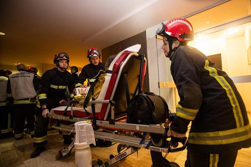 Paris building fire claims 10 lives; arson suspected