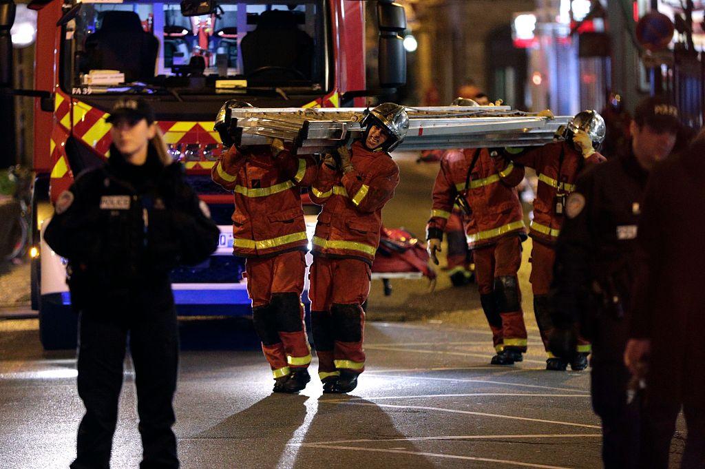 Death toll of Paris building blaze rises to 10