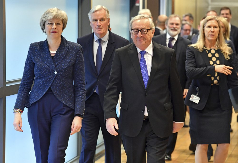 UK, EU leaders spar during 'robust' Brexit talks