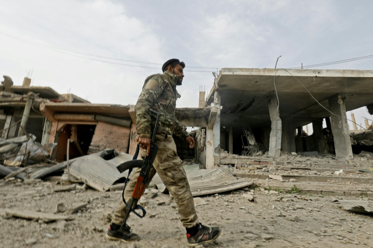 IS 'caliphate' down to 1 percent as final assault nears