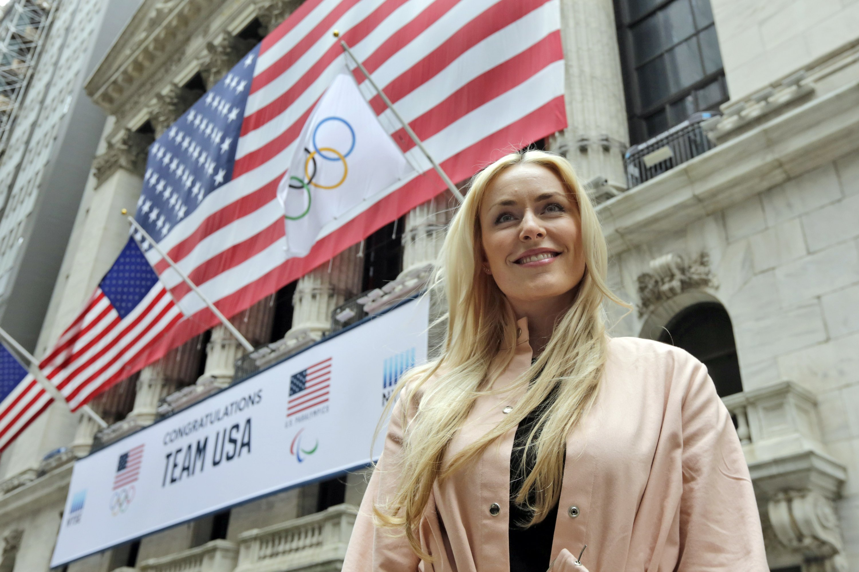 Ambitious Vonn to 'take on the world' after skiing career