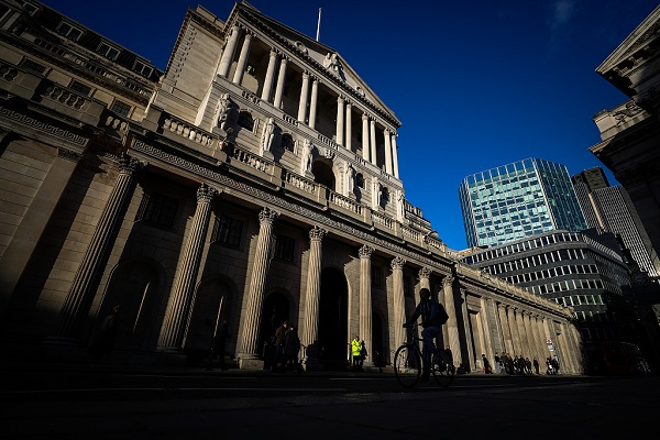 Brexit, global slowdown to weigh on Bank of England