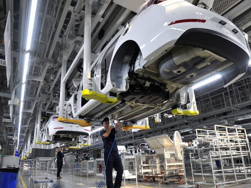 China's supportive policies to underpin economic growth: J.P. Morgan economist