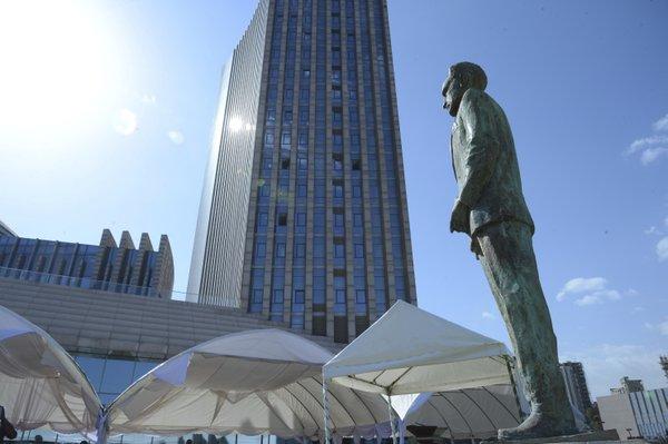 African leaders unveil statue of Ethiopia's last emperor