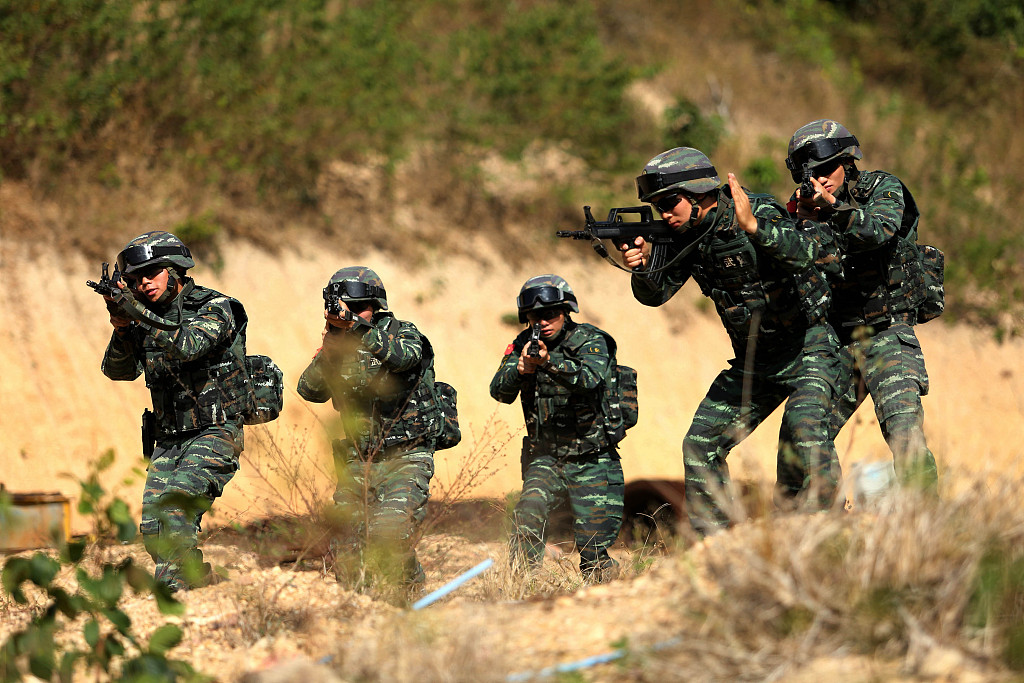 Xi signs order to release regulation on military training supervision