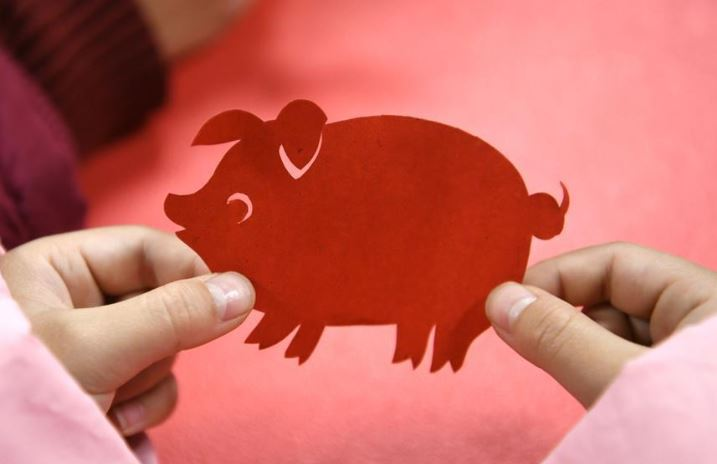 Lunar New Year consumption mirrors China's economic strength