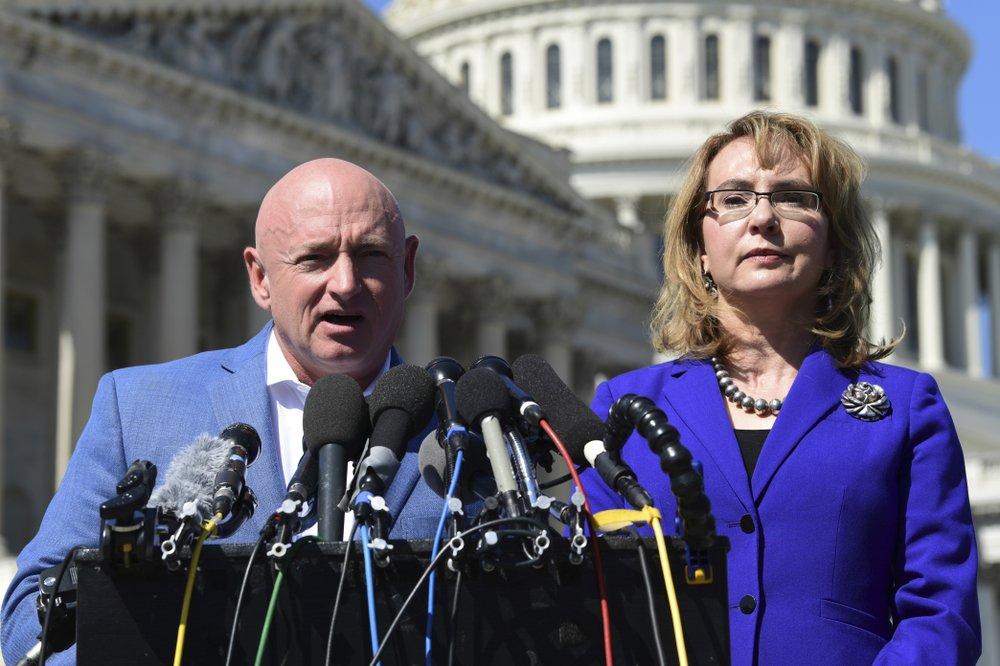 Ex-astronaut Mark Kelly announces run for McCain Senate seat