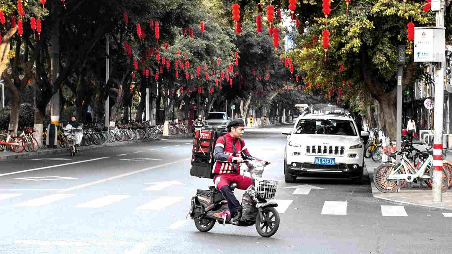 Dumpling deliveries: E-commerce stays online for Spring Festival