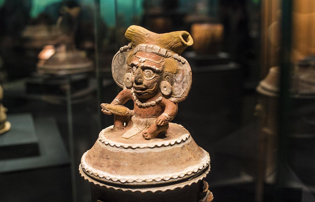 Ancient Maya arts on display in SW China