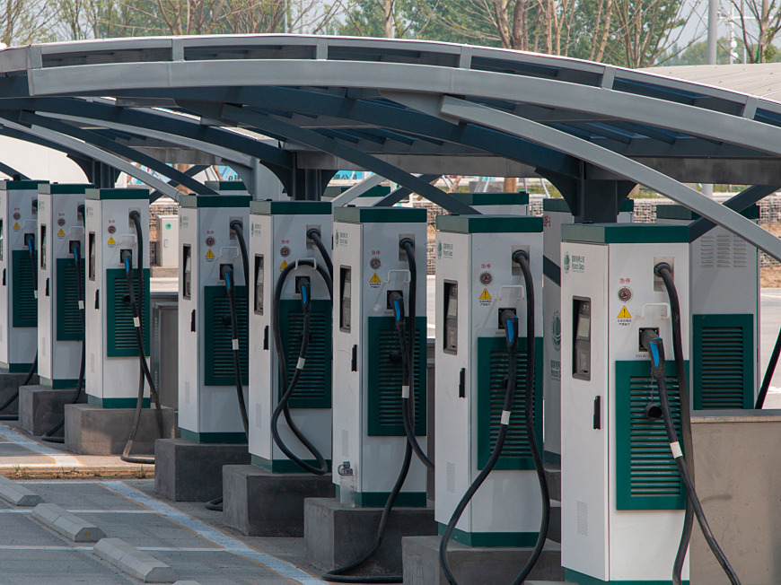 Electric cars on fast track during China's Spring Festival holiday