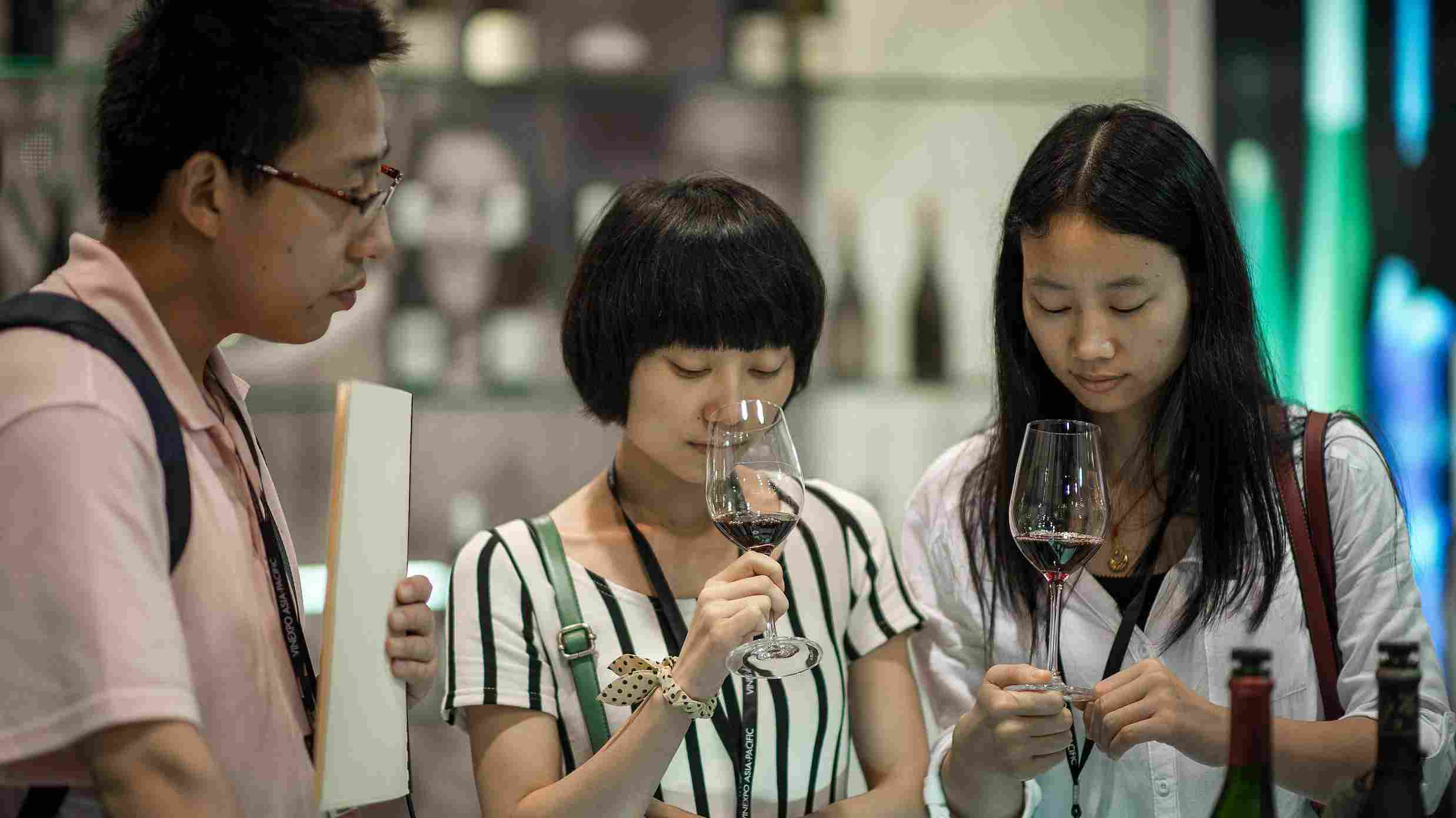 2018 French wine sales slow down in China, marks bad vintage year